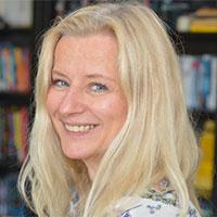 Frau Kathleen Geßler